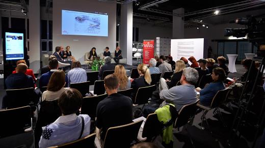"""1. Seminarium WBZ - """"Przemieszczajmy się! Trendy w projektowaniu komfortu podróży"""" 12 marca 2015"""