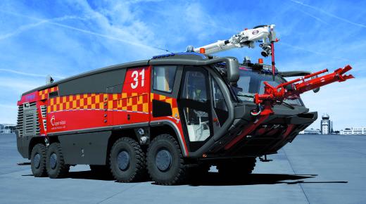 Felix 8x8 - lotniskowy pojazd gaśniczy. Studium przypadku
