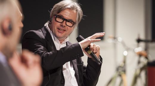 Zobacz wywiad z Jensem Timmichem z Solaris Bus & Coach SA oraz partnerem w studio projektowym FT w Berlinie