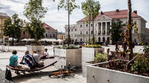 Ożywić miejską pustynię. Rozmowa z Michałem Gdakiem, współautorem Miejskiego Salonu w Kielcach