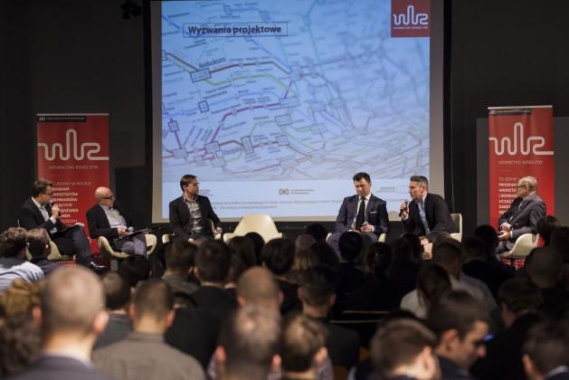 od lewej Piotr Chęciński, Marek Adamczewski, Krzysztof Chróścielewski (Autorskie Studio Projektowe), Tomasz Wojtkiewicz (Nextbike Polska), Łukasz Puchalski (ZTM), Jerzy Obrębski (SKM)