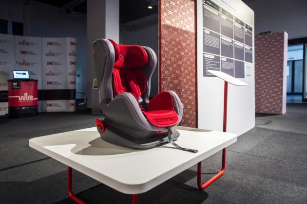Fotelik samochodowy Avionaut Glider, prod. Lookart Łukasz Karwala, proj. Ergo Design wraz z zespołem projektowo-wdrożeniowym Lookart