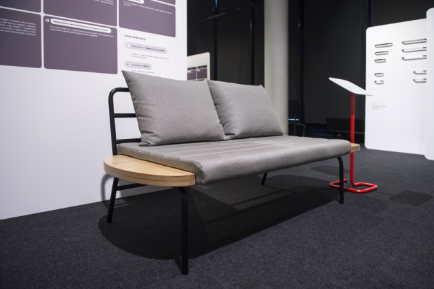 Lawa - sofa, proj. Niemwyska Grynasz Studio, prod. MEESH