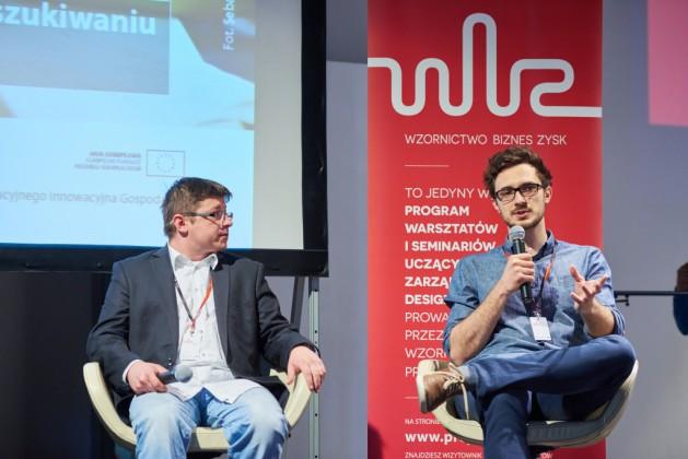 """od lewej Przemysław Kuśmierek (Migam """"RKPK"""" Sp. z o.o. S.K.A.), Chris Wacławek (Estimote Inc.)"""