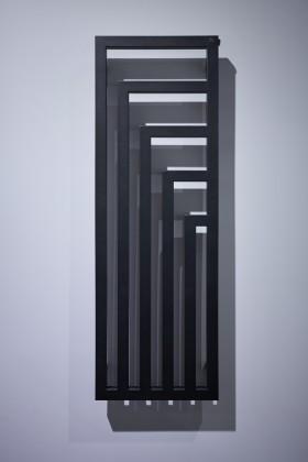 Grzejnik Angus Vertical, proj. Artes Design – Izabela Domicz, Maciej Klepacki, Anna Łabędź-Klepacka, prod. Terma