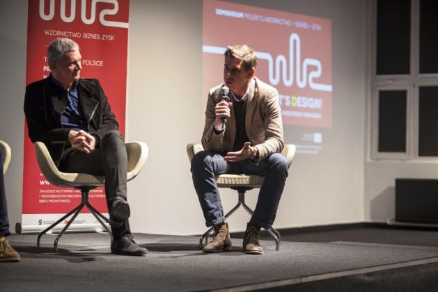 Panel 1, od lewej prof. Jerzy Porębski, Zbigniew Maćków