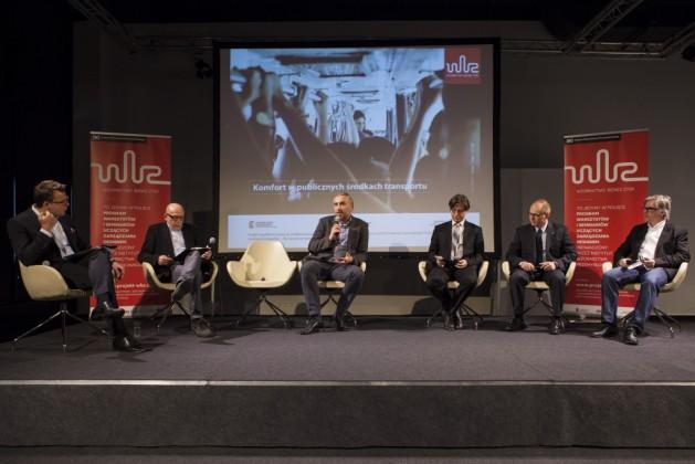 od lewej: Piotr Chęciński, Marek Adamczewski, Bartosz Piotrowski (PESA), Dariusz Koba (Koba Consulting Group), Dariusz Michalak (Solaris Bus&Coach S.A.), Jens Timmich