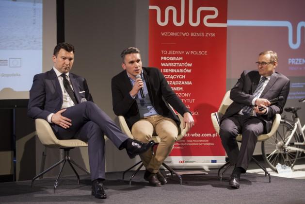 od lewej: Tomasz Wojtkiewicz (Nextbike Polska Sp. z o.o.), Łukasz Puchalski (ZTM), Jerzy Obrębski (SKM)