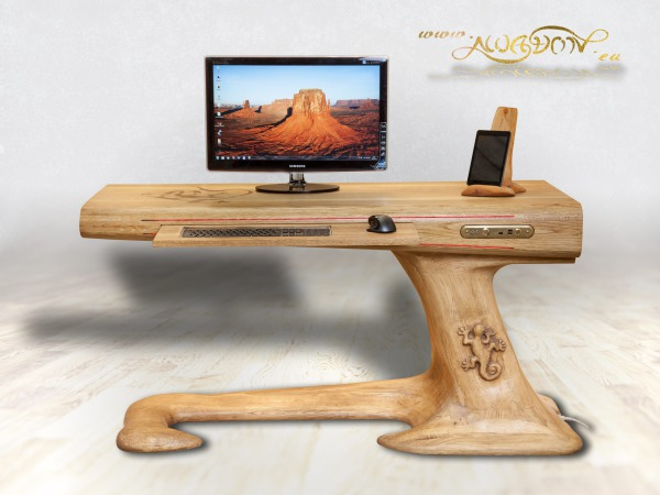 Lizard Desk – dębowe biurko komputerowe