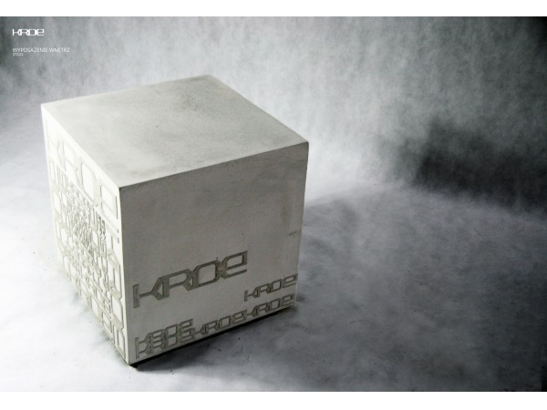 Stolik kawowy betonowa kostka