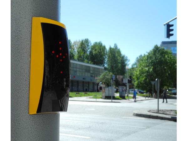 przycisk do przejścia dla pieszych