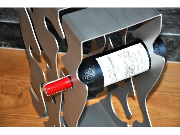 Stojak na wino Nove